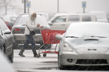 Thumbnail image for 022011_NEWS_SNow Storm_MRM_02.jpg